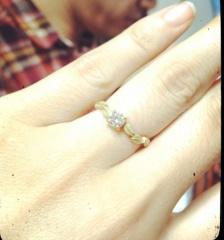 【アーヴェルシュシュ(arbel shushu)の口コミ】 婚約指輪なので毎日つけるものではなく、大事な時にだけつけるものだと考…