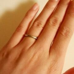 【スタージュエリー(STAR JEWELRY)の口コミ】 婚約指輪もこちらで購入させていただいて、 デザイン、価格すべてとても気…