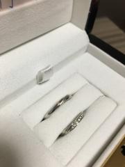 【LUCIE(ルシエ)の口コミ】  婚約指輪と結婚指輪を重ねてつけると最初から決めていたので、どちらも一…