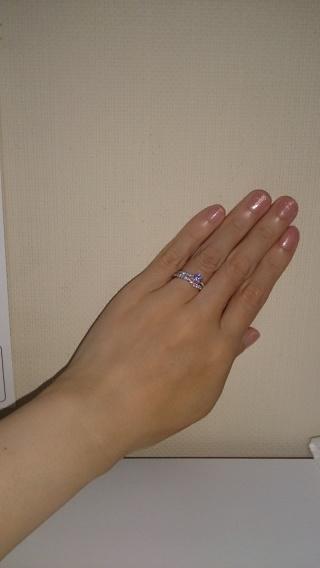 【JEWELRY  KAMATA(ジュエリーかまた)の口コミ】 ダイヤの3Cに一番拘りました。 指や雰囲気に合ったデザインを何種類か見せ…