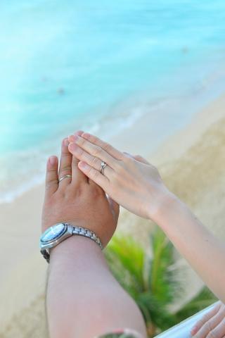 【JEWELRY  KAMATA(ジュエリーかまた)の口コミ】 婚約指輪との重ね付けをした時に婚約指輪の1石から結婚指輪の5石が繋がっ…