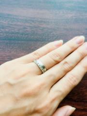 【エクセルコダイヤモンド(EXELCO DIAMOND)の口コミ】 エクセルコダイヤモンドは婚約指輪も購入したブランドでした。 購入した婚…