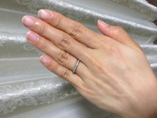 【ティファニー(Tiffany & Co.)の口コミ】 結婚指輪にはエタニティリングが欲しいと思っていました。 ダイヤの引っ掛…