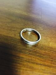 【QDMの口コミ】 指輪は、二人ともシンプルなデザインが希望だったので、主にデザインを重…