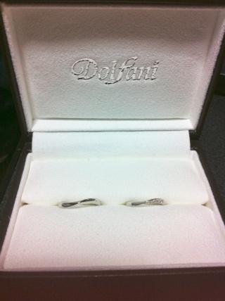 【Dolfani(ドルファーニ )の口コミ】 カーブがあることで太めの指でも長くキレイに見せてくれるなと思いました…