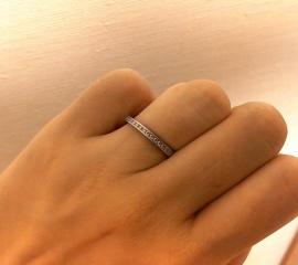【ROYAL ASSCHER(ロイヤル・アッシャー)の口コミ】 婚約指輪を購入しなかったので、結婚指輪はダイヤが付いたものと決めていま…