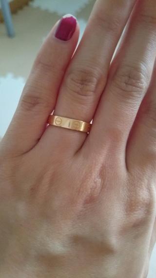 【カルティエ(Cartier)の口コミ】 私はずっとカルティエで結婚指輪を買うことを決めてたので他のお店はさらっ…