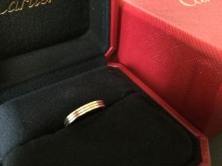 【カルティエ(Cartier)の口コミ】 最初はエタニティタイプを探していましたが、色々なものを見ていくうちに一…