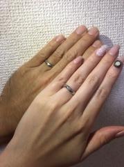 【俄(にわか)の口コミ】 私の指は節がないうえに指輪痩せしやすい指なので、根元までしっかり入っ…