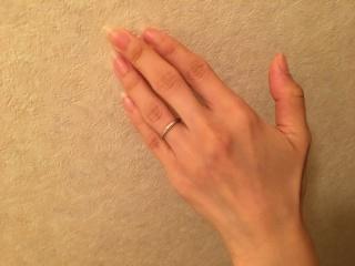 【アイプリモ(I-PRIMO)の口コミ】 指がキレイに見えるようなデザイン性があることと、シンプルだけどシンプル…