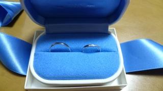 【銀座ダイヤモンドシライシの口コミ】 彼女の指の節が大きく、結婚する前に着けていた指輪はあまりしっくりくるも…