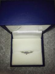 【ジュエリーツツミ(JEWELRY TSUTSUMI)の口コミ】 ハート型にカッティングされたダイヤモンドがとってもかわいくて一目惚れし…