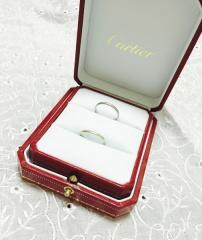 【カルティエ(Cartier)の口コミ】 婚約指輪を同じブランドで貰っていたので、結婚指輪もカルティエへ一緒に選…
