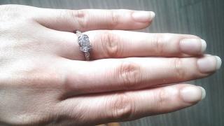 【ティファニー(Tiffany & Co.)の口コミ】 婚約指輪を探し始めて、特にこのブランドでないと!というこだわりはありま…