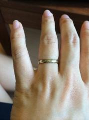 【NIESSING(ニーシング)の口コミ】 婚約指輪も同様のブランドでかなり個性的なデザインのため統一感を考えまし…