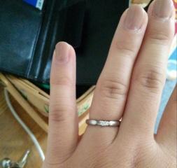 【4℃(ヨンドシー)の口コミ】 特になにも決めずに指輪を見に行ったのですが 店舗に入っていろいろ見せて…