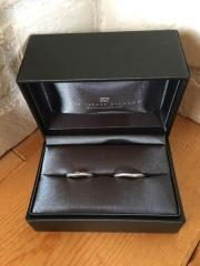 【ラザール ダイヤモンド(LAZARE DIAMOND)の口コミ】 結婚20周年記念に新調しました。主婦歴20年ともなれば、それなりの手と…