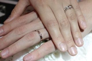 【COLANY(コラニー)の口コミ】 婚約指輪と重なるデザインで選びました!元々、セットで使える指輪だった…