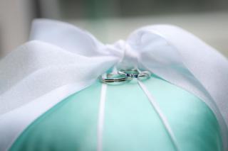 【銀座ダイヤモンドシライシの口コミ】 凄く迷って時間もかかったけど店員さんは優しく なんども色んな種類の指輪…