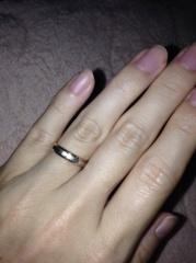 【アイプリモ(I-PRIMO)の口コミ】 私は細めで女性らしくかわいい指輪、旦那は太めで男性らしいデザインの指…