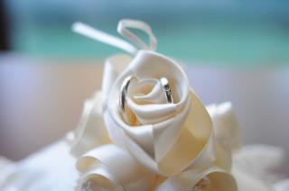 【ティファニー(Tiffany & Co.)の口コミ】 結婚指輪を買うならティファニーと学生のころから憧れていましたので、 ブ…
