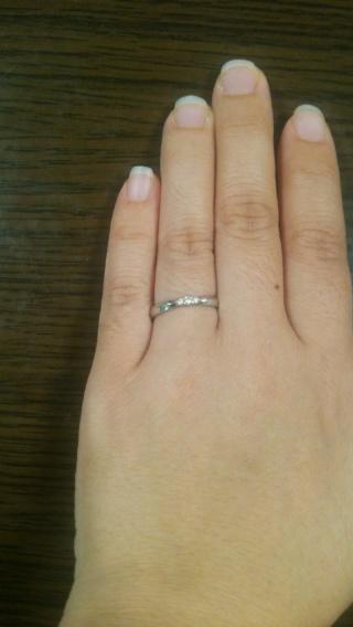 【アイプリモ(I-PRIMO)の口コミ】 予算があまり無かったので、あまり大きくないけれどダイヤがついていて可愛…
