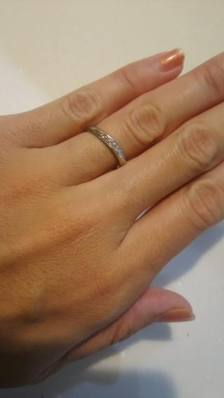 【ジュエリークラフトYAMAJIの口コミ】 婚約指輪を購入しなかったので、ダイヤが付いた指輪を探していました。 ダ…