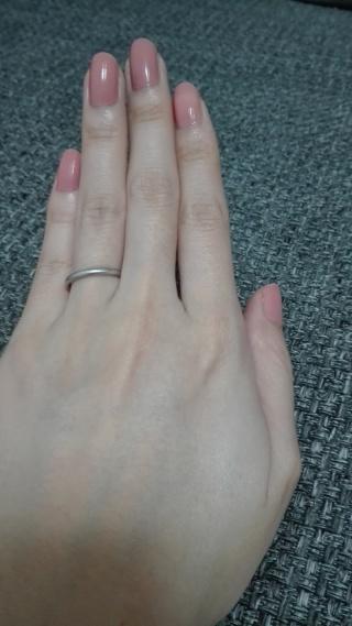 【カルティエ(Cartier)の口コミ】 婚約指輪と合わせたくてシンプルで華奢なプラチナリングを探していました…