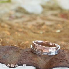 【鎌倉彫金工房(かまくらちょうきんこうぼう)】【ふたりでつくる結婚指輪】メンズPt900&レディースK18PG(つちめクリア)