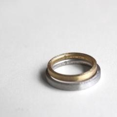 【mina.jewelry(ミナジュエリー)】レーザー刻印のマリッジリング