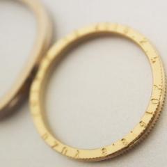 【mina.jewelry(ミナジュエリー)】手打ち刻印のマリッジリング