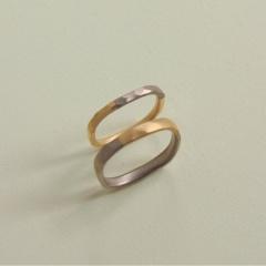 【mina.jewelry(ミナジュエリー)】マルシカクのふわふわマリッジリング