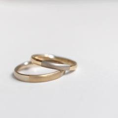 【mina.jewelry(ミナジュエリー)】お互いの金属を交換したコンビリング