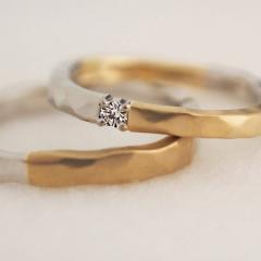 【mina.jewelry(ミナジュエリー)】2色のふわふわマリッジリング