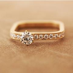 【mina.jewelry(ミナジュエリー)】シカクのエンゲージリング