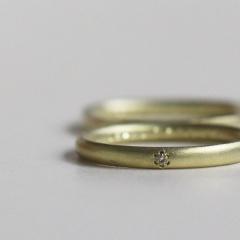 【mina.jewelry(ミナジュエリー)】花留めのマリッジリング