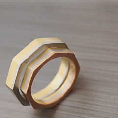 【mina.jewelry(ミナジュエリー)】八角形のマリッジリング