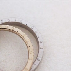 【mina.jewelry(ミナジュエリー)】側面刻印のマリッジリング