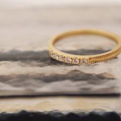 【mina.jewelry(ミナジュエリー)】小さな小さなエンゲージリング