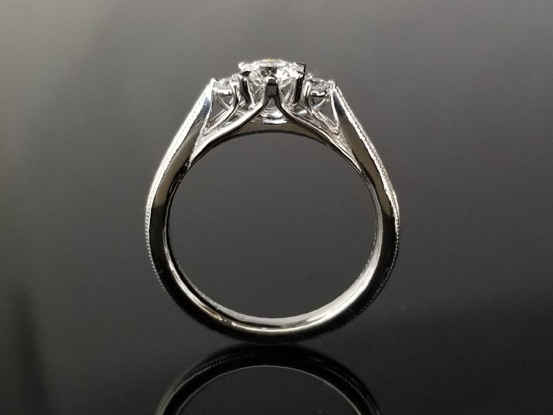 【TANZO(タンゾウ)】職人渾身のシャトン。繊細でとても美しいデザインの婚約指輪