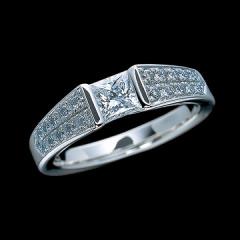 【エクセルコダイヤモンド(EXELCO DIAMOND)】《Engagement Ring 430》