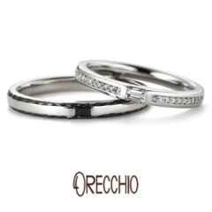 【ORECCHIO(オレッキオ)】パッショナート~センターのエメラルドカットダイヤが透明な輝きを放つ結婚指輪