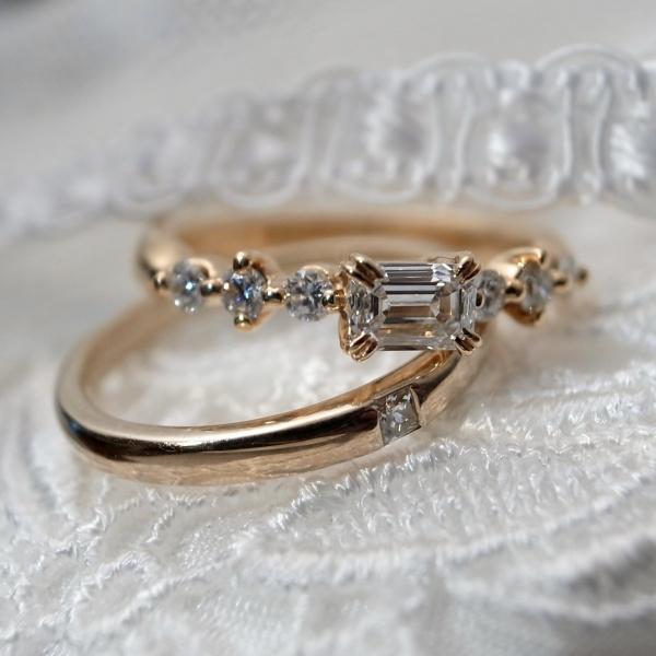 【ORECCHIO(オレッキオ)】<pipi~ピピ>PE-1403 婚約指輪 四角ダイアと丸いダイアのミックスが女性らしいキュートな指輪