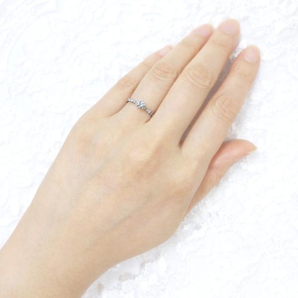 【宝寿堂(ほうじゅどう)】【宝寿堂】ハーフエタニティのアームにメインダイヤが華やか《HD2529》