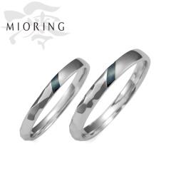 【MIORING(ミオリング)】MIORING 暁水 -あけみ-  赤銅(しゃくどう)の色の変化と槌目模様が美しい細身マリッジリング