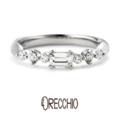 【garden(ガーデン)】<pipi>婚約指輪 四角ダイアと丸いダイアのミックスが女性らしいキュートな指輪