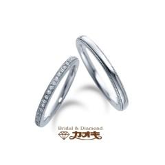 【カオキ ダイヤモンド専門卸直営店 】華奢な細身のストレートなリングにミル打ちが優しく輝く~イベリス~