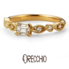 【VANillA(ヴァニラ)】ゼラニウム~ マーキス型と丸型を交互に配置した花びらのような可憐な婚約指輪