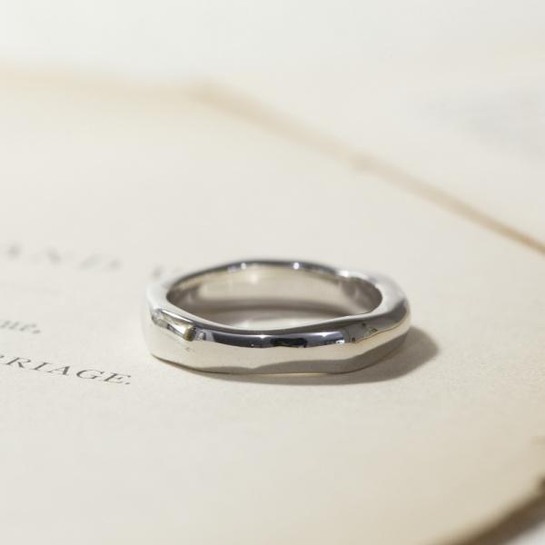 【Lovignette(ラヴィネット)】プールマリッジリング - PT900