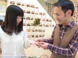 「優しい雰囲気が伝わってくる指輪の仕上がりにも、もちろん満足をしています。」